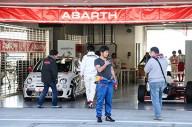 誰でもレーサー気分を味わえる。ABARTH オンリーの走行会をレポート!