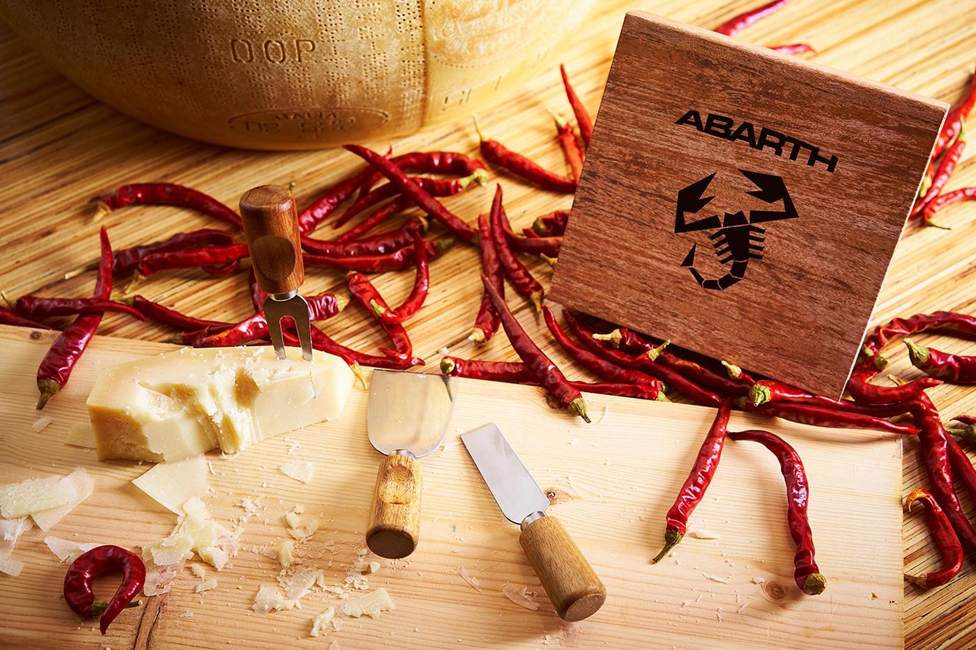 イタリアンシェフも唸るチーズカッターの切れ味とABARTHの心を躍動させるドライビングフィール