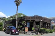 鎌倉の開放感をまんま味わえる「ヴィーナスカフェ」|愛車と楽しめるおすすめカフェ巡り