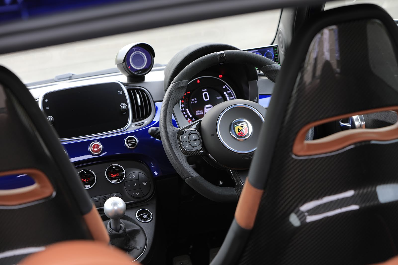 191025_Abarth_Owner_10