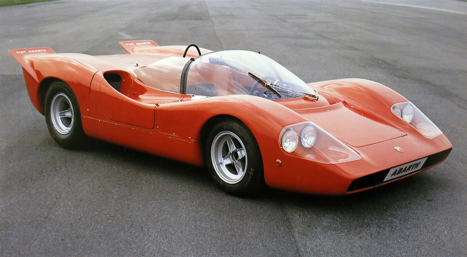 1968 FIAT ABARTH 2000 SPORT SPIDER SE010|アバルトの歴史を刻んだモデル No.058